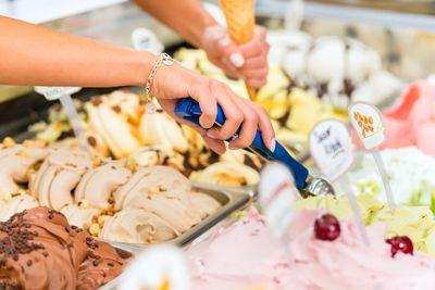Eine Eisdiele eröffnen, bestes Speiseeis